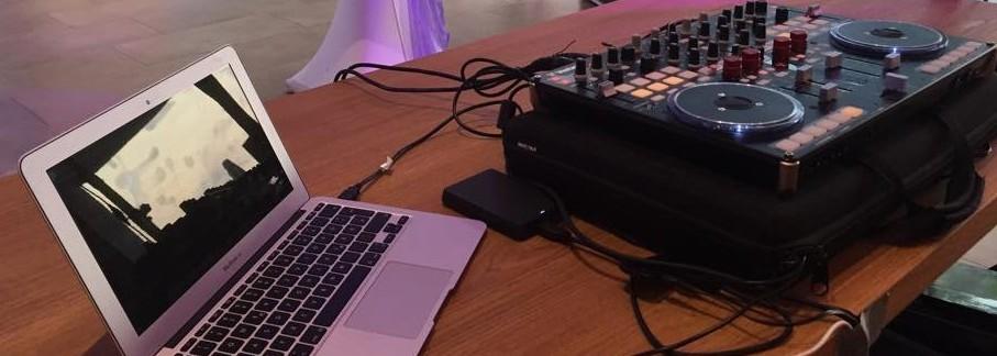Dj Laptop und DJ Controller